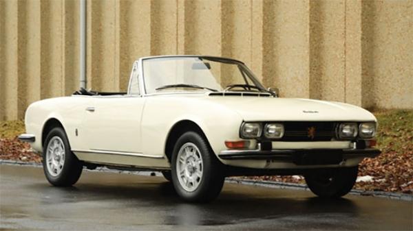 Lot_108-1973_Peugeot_504_Cabriolet