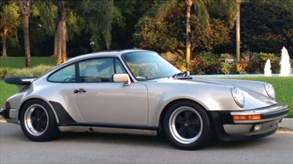 Lot_226-1989_Porsche_930